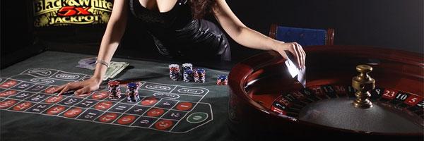 7 parasta blackjack peliä joita pelata verkossa Live Dealer Blackjack - 7 parasta blackjack-peliä, joita pelata verkossa
